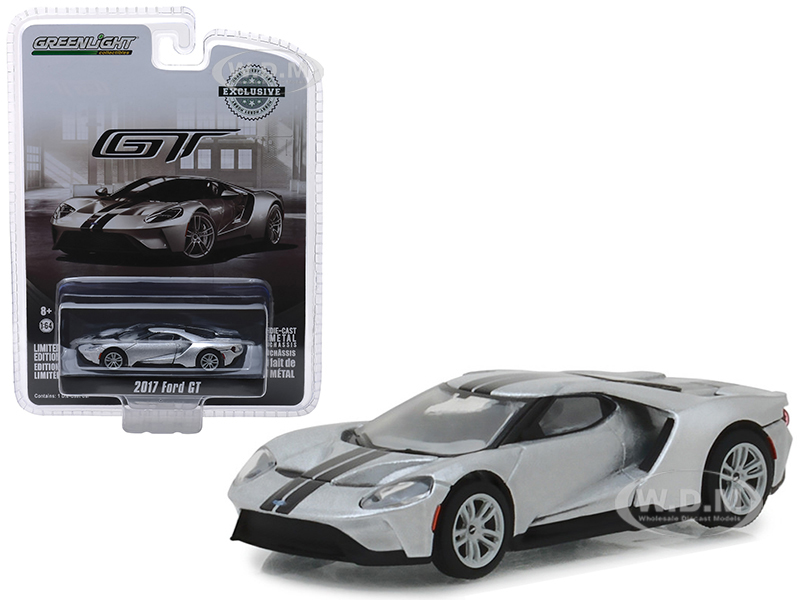 2017_Ford_GT_Ingot_Silver_with_Black_Stripes_Hobby_Exclusive_164_Diecast_Model_Car_by_Greenlight