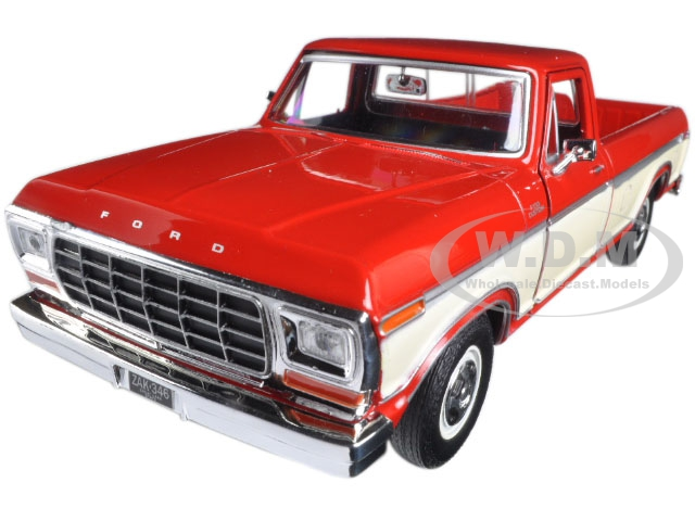 1979 Ford F-150 Pickup Truck 2 Tone Red|Cream 1|24 Diecast Model Car by Motormax