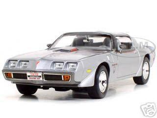 Discount Automotive Parts Online 1979 Pontiac Firebird Trans Am Silver 1/18 Diecast Model Car by Road Signature