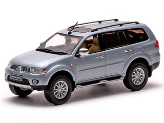 Mitsubishi Pajero Sport Cool Silver Metallic 1/43 Diecast Car Model by Vitesse