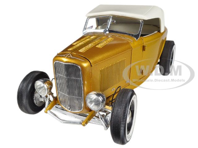 1932 Ford Roadster Release 2 in Majestic Pagan Gold 1/18 Diecast Car Model by Acme