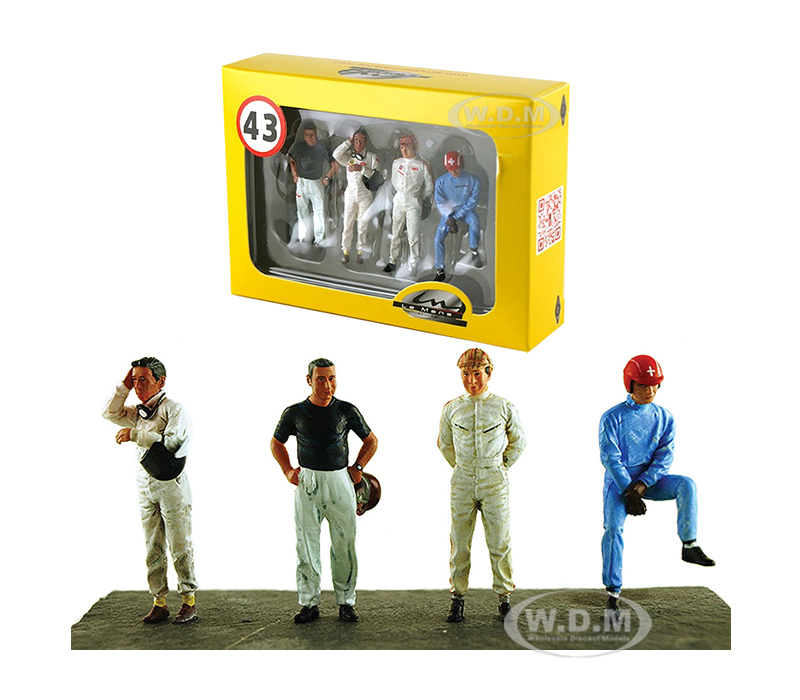 Drivers_Set_of_4_Figurines_for_143_Diecast_Model_Cars_by_Lemans_Miniatures