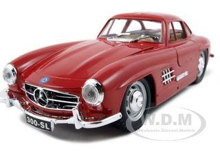 1954-mercedes-300-sl-gullwing-red-124-diecast-model-car-by-bburago