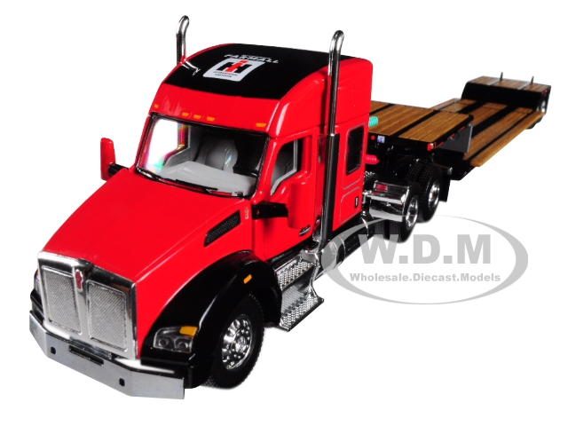 IH Farmall Kenworth T880 Sleeper Cab with Fontaine Renegade Lowboy Trailer 1/64 Diecast Model by Speccast