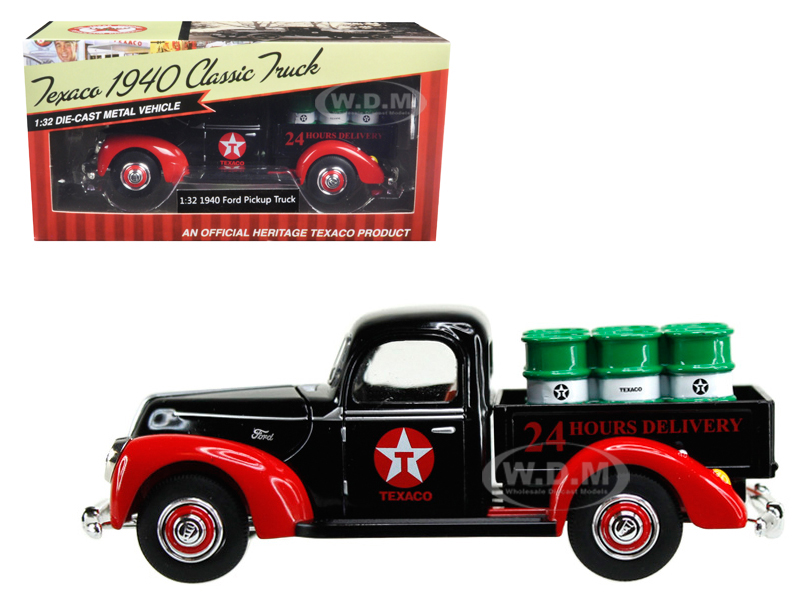 1940 Ford Pickup Truck Texaco With Oil Barrels 1/32 Diecast Model Car By Beyond The Infinity