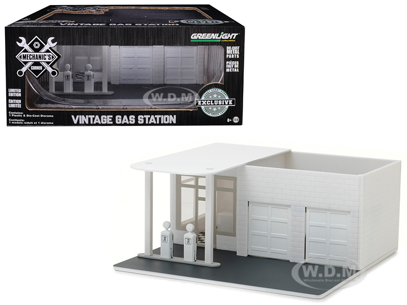 Mechanics_Corner_Vintage_Gas_Station_Plain_White_Hobby_Exclusive_164_by_Greenlight