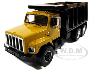 s-series-dump-truck-yellow-diecast-model-125-by-first-gear