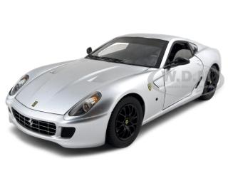 Ferrari_599_GTB_Fiorano_Elite_Edition_Silver_118_Diecast_Model_Car_by_Hotwheels