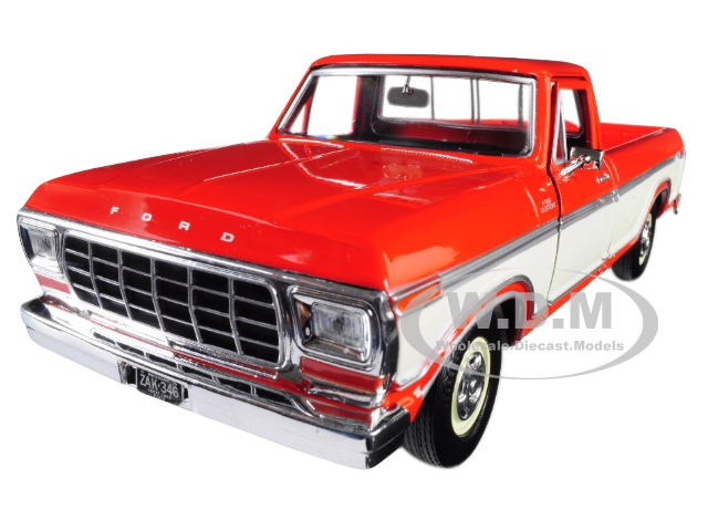 1979 Ford F-150 Custom Pickup Truck Orange and Cream 1/24 Diecast Model Car by Motormax
