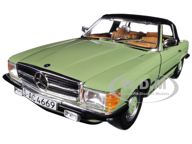 1977_Mercedes_Benz_350_SL_Coupe_Closed_Convertible_Caledonia_Green_118_Diecast_Model_Car_by_Sunstar