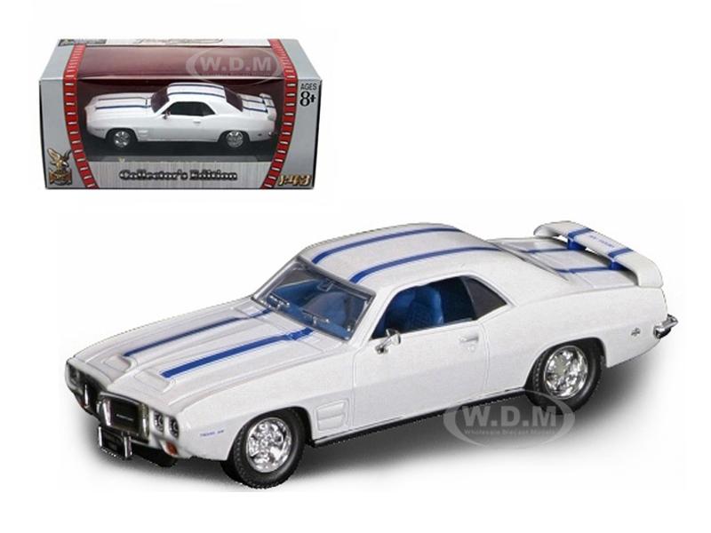 1969 Pontiac Firebird Trans Am White 1/43 Diecast Car by Road Signature