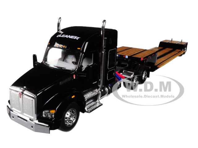 Gleaner Kenworth T880 Sleeper Cab with Fontaine Renegade Lowboy Trailer 1/64 Diecast Model by Speccast