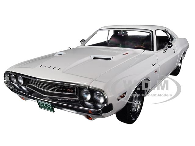 1970_Dodge_Challenger_RT_White_Vanishing_Point_1971_Movie_118_Diecast_Model_Car_by_Greenlight