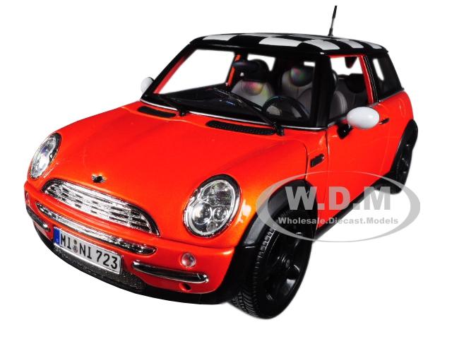 Mini_Cooper_Orange_Metallic_with_Check_Roof_118_Diecast_Model_Car_by_Maisto