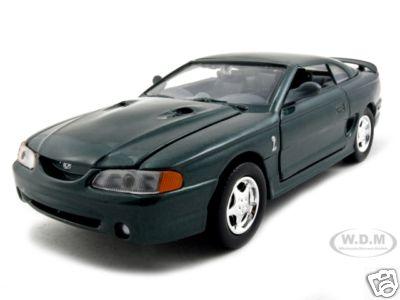 1998_Ford_Mustang_SVT_Cobra_Green_124_Diecast_Car_Model_by_Motormax