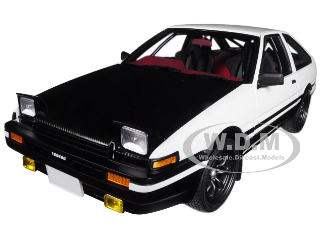 Toyota_Sprinter_Trueno_AE86_Righthand_Drive_Initial_D_Project_D_Final_Version_118_Model_Car_by_Autoart