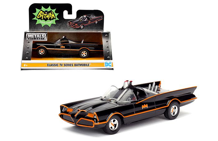 1966 TV Series Classic Batman Batmobile 1/32 Diecast Model Car by Jada 98225