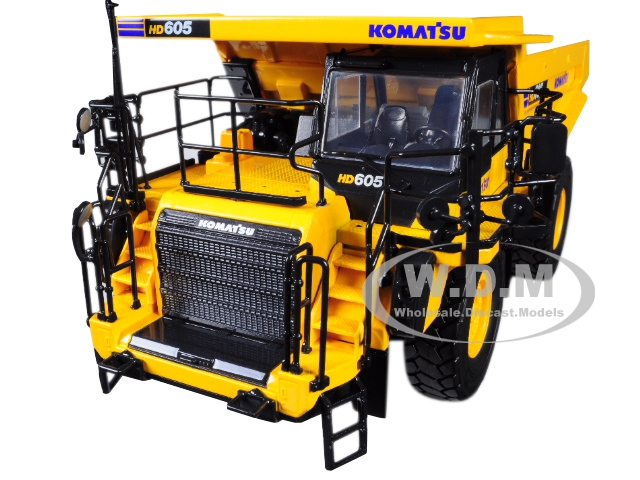 Komatsu HD605-8 Dump Truck 1/50 Diecast Model by First Gear