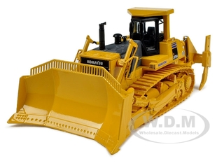 Komatsu D375A Crawler Dozer with Blade & Ripper 1/50 Diecast Model by First Gear