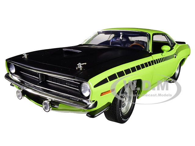 1970 Plymouth Barracuda Aar Sublime Green With Matt Black Hood Limited Edition To 540 Pieces Worldwide 1/18 Diecast Model Car By Acme
