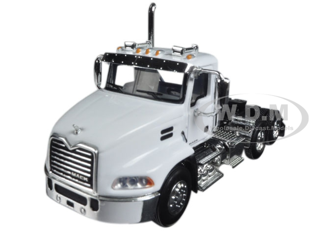 Mack Pinnacle Day Cab White 1/64 Diecast Model by First Gear