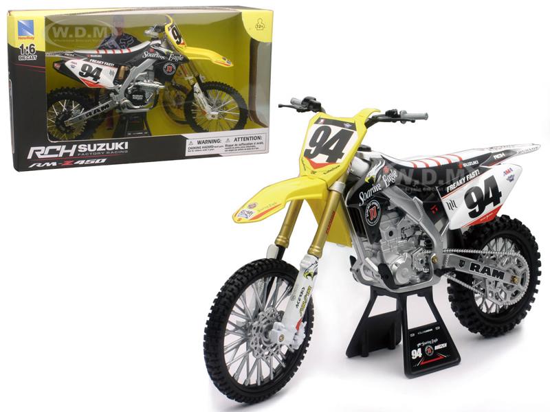 Suzuki RM-Z450 #94 Ken Roczen Dirt Bike Motorcycle 1/6 by New Ray NR49523