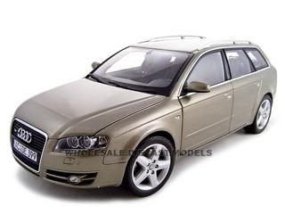 2005 Audi A4 Avant 1/18 Diecast Model Car by Minichamps