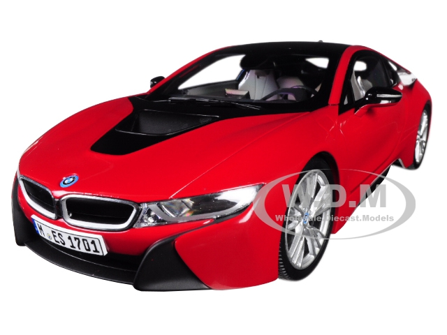 BMW i8 Protonic Red with Black Top 1/18 Diecast Model Car by Paragon (97085) photo