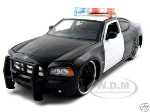 Discount Automotive Parts Online 2006 Dodge Charger R/T Diecast Car Model 1/24 Unmarked Police Car Die Cast Car by Jada