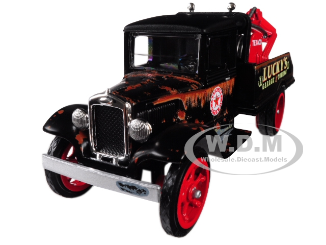 1931 Hawkeye Texaco Tow Truck Luckys Garage & Towing Unrestored 8th In The Series U.s.a. Series Utility Service Advertising 1/34 Diecast Model By Autoworld