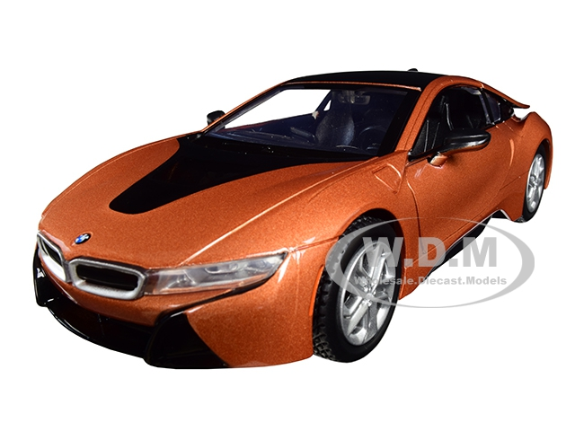 2018_BMW_i8_Coupe_Metallic_Orange_with_Black_Top_124_Diecast_Model_Car_by_Motormax