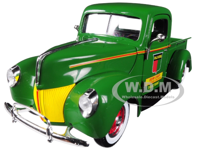 Oliver_Ford_Pickup_Truck_Green_125_Diecast_Model_Car_by_Speccast
