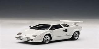 Lamborghini Countach 5000 S White 1/43 Diecast Model Car by Autoart