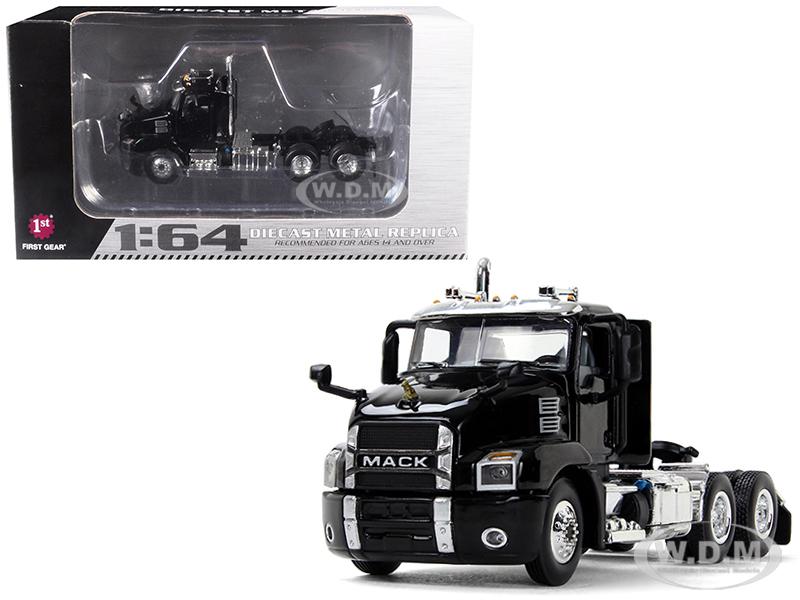 Mack Anthem Day Cab Black 1/64 Diecast Model by First Gear