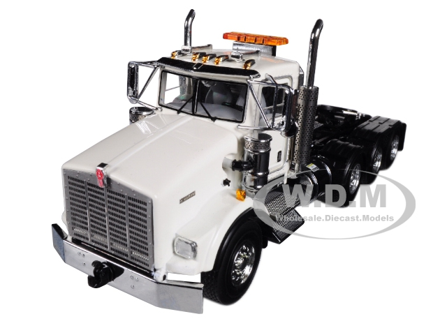 Kenworth T800 8X4 4 Axle Tractor Day Cab White 1/50 Diecast Model by WSI Models