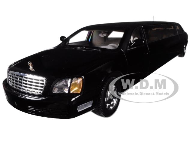 2004 Cadillac DeVille Limousine Black 1/18 Diecast