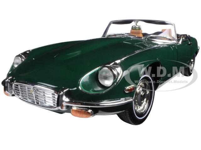 1971 Jaguar E Type Green 1/18 Diecast Model Car by Road Signature