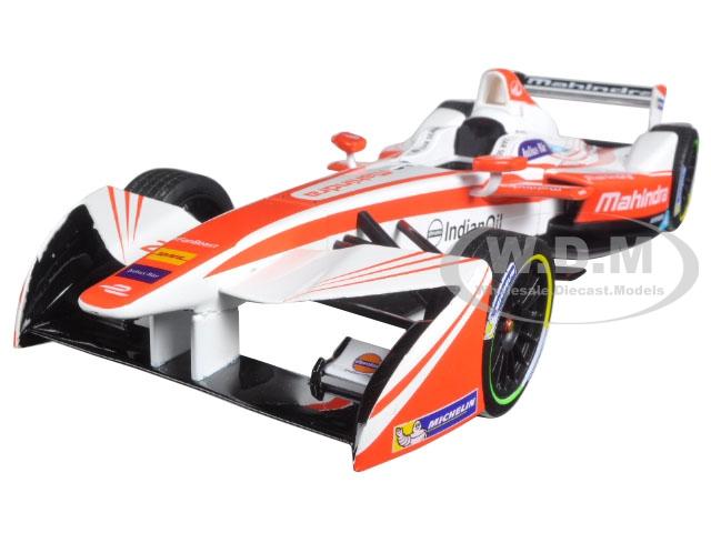 2016-17 FIA Formula E Spark SRT01E 23 Nick Heidfeld Mahindra Racing 1/18 Diecast Model Car by Greenlight 18103