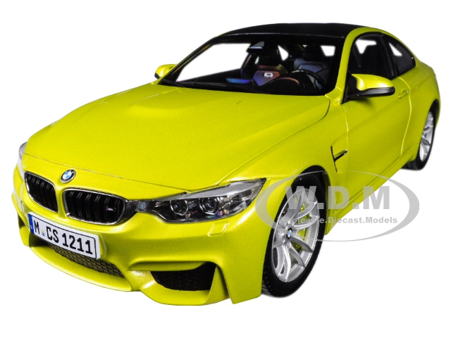BMW M4 Coupe Austin Yellow with Carbon Top 1/18 Diecast Model Car by Paragon (97103) photo