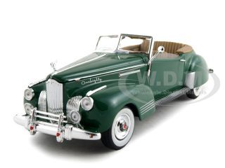 1941_Packard_Darrin_One_Eighty_Green_132_Diecast_Car_Model_by_Signature_Models