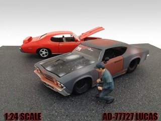 Mechanic Lucas Figure For 124 Diecast Model Cars by American Diorama
