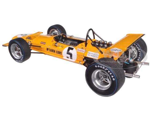 f1-mclaren-m7a-5-winner-mexican-gp-1969-denny-hulme-118-model-car-by-spark