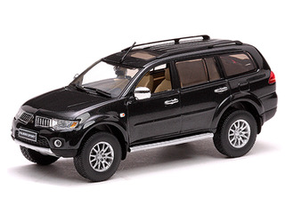Mitsubishi Pajero Sport Black Mica 1/43 Diecast Model Car by Vitesse