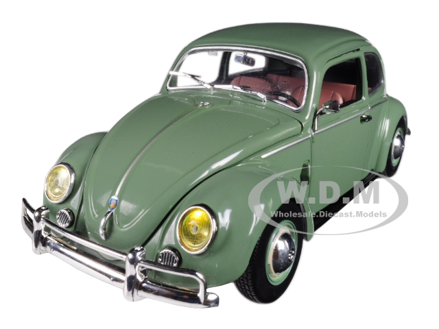 1952_Volkswagen_Beetle_Deluxe_Pastel_Green_124_Diecast_Model_Car_by_M2_Machines