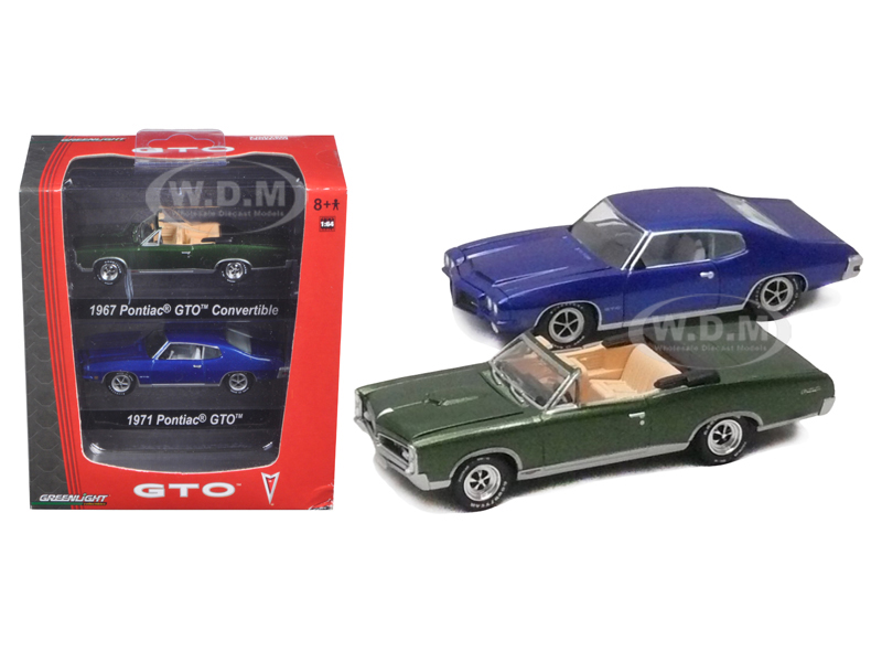 1967 Pontiac GTO Convertible Green & 1971 Pontiac GTO Blue 2pc Car Set With Cases 1/64 Diecast Model Car by Greenlight