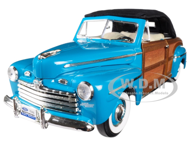 1946_Ford_Sportsman_Woody_Green_118_Diecast_Model_Car_by_Road_Signature