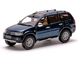 Mitsubishi Pajero Sport Dark Blue Mica 1/43 Diecast Model Car by Vitesse
