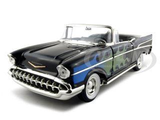1957_Chevrolet_Bel_Air_Convertible_Black_118_Diecast_Model_Car_by_ERTL