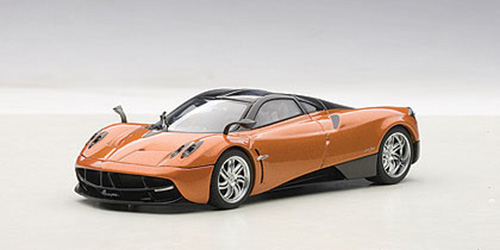 Pagani Huayra Bronze 1/43 Diecast Model Car by Autoart