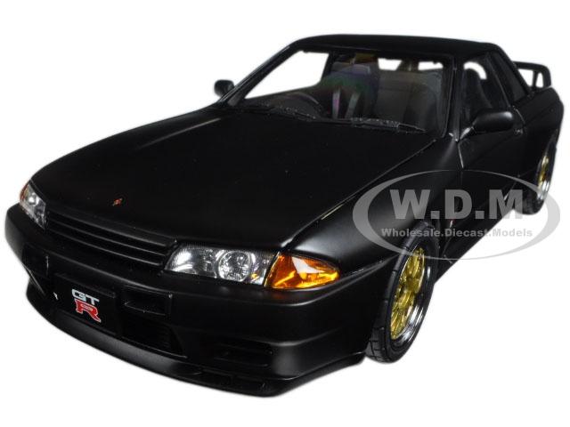 Nissan Skyline GT-R (R32) V-Spec II Tuned Version Matt Black Limited Edition to 1500pcs 1/18 Diecast Model Car by Autoart